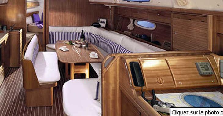 Rent a sailboat in Marina Kremik - Bavaria 39 Cruiser