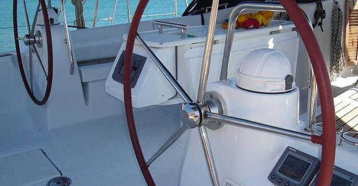 Rent a sailboat in Mykonos - Oceanis 54