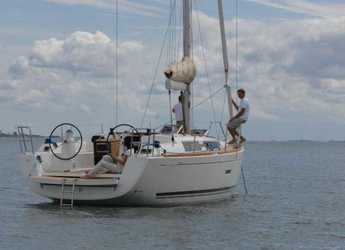 Chartern Sie segelboot in Marina di Portisco - Dufour 335 Grand Large