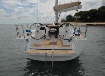 Rent a sailboat in Marina di Portisco - Dufour 335 Grand Large