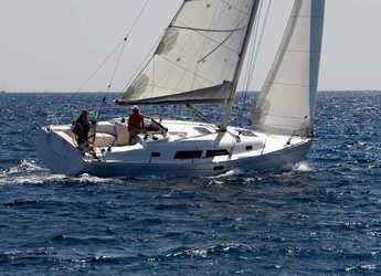 Rent a sailboat in Punta Ala - Hanse 37