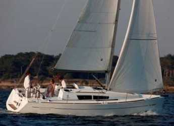 Rent a sailboat in Punta Ala - Sun Odyssey 33i