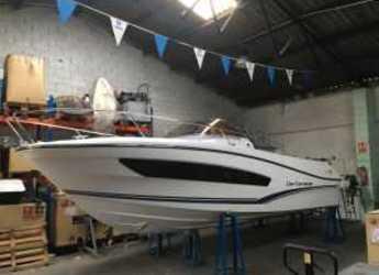 Rent a motorboat in Cala Ratjada - Jeanneau Cap Camarat 7.80