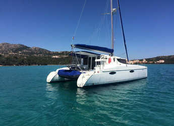 Rent a catamaran in Marina di Portisco - Mahé 36