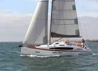 Rent a sailboat in Marina di Portisco - Sun Odyssey 41 DS