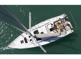 Rent a sailboat in Marina di Portisco - Dufour 430 Grand Large