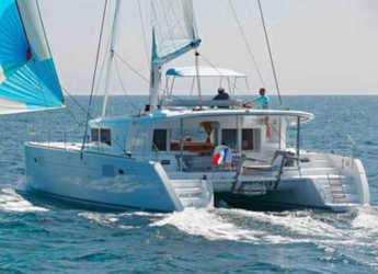 Rent a catamaran in Marina Kastela - Lagoon 450  Flybridge