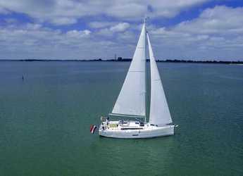 Chartern Sie segelboot in Porto Capo d'Orlando Marina - Dufour 360 Grand Large