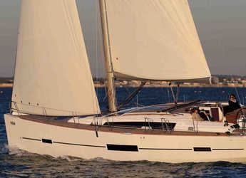 Rent a sailboat in Porto Capo d'Orlando Marina - Dufour 500 GL