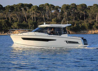 Rent a motorboat in Marina Mandalina - Merry Fisher 895