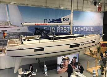 Chartern Sie segelboot in Marina di Portorosa - Bavaria C45 Style