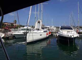 Chartern Sie segelboot in Marina di Portorosa - Bavaria 51 Cruiser