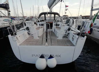 Rent a sailboat in Carloforte - Grand Soleil 43
