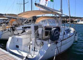 Rent a sailboat in Carloforte - Oceanis 34