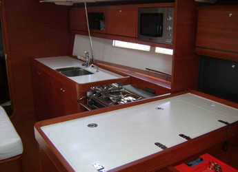 Rent a sailboat in Carloforte - Dufour 405 Grand Large