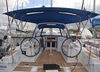Rent a sailboat in Marina di Cannigione - Oceanis 38.1
