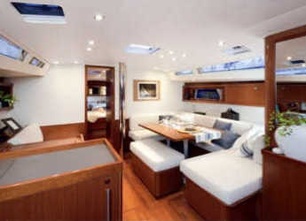 Alquilar velero en Marina di Cannigione - Oceanis 48