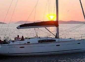 Rent a sailboat in Marina di Procida - Oceanis 43
