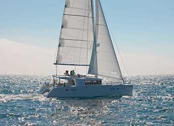 Rent a catamaran in Port Lavrion - Lagoon 450F12