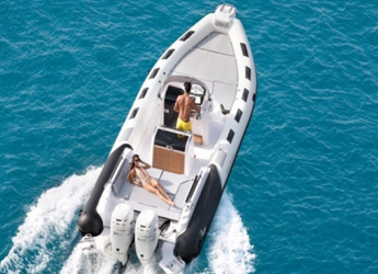 Rent a dinghy in Marina el Portet de Denia - Ranieri Cayman 31