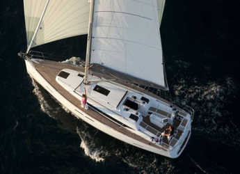 Rent a sailboat in Marina Skiathos  - Sun Odyssey 409