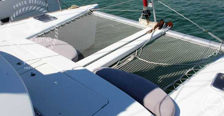 Rent a catamaran in Club Naútico de Sant Antoni de Pormany - Lagoon 380 S2