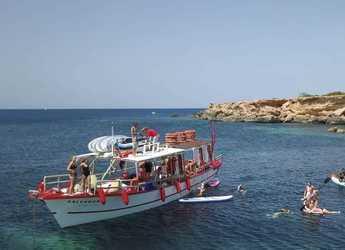 Rent a motorboat in Club Naútico de Sant Antoni de Pormany - Chiliboat