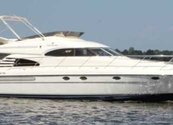 Chartern Sie yacht in Club de Mar - Fairline Squadron 55