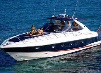 Chartern Sie yacht in Ibiza Magna - Sunseeker Camargue 47 ft
