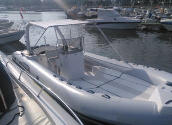 Rent a dinghy in Es Portitxol - Capelli Tempest 750 top