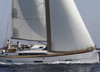 Rent a sailboat in Port Tino Rossi - Dufour 460