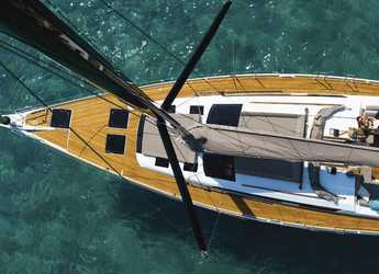 Rent a sailboat in Marina di Olbia - Dufour 520 GL