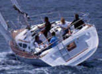 Rent a sailboat Sun Odyssey 35 in Marina di Portoferraio, Elbe