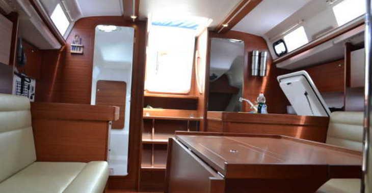 Rent a sailboat in Marina Gouvia - Dufour 335 Grand Large