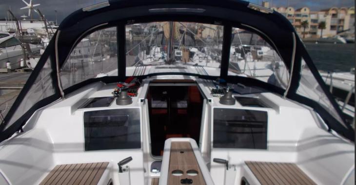 Rent a sailboat in Marina Gouvia - Dufour 382 Grand Large