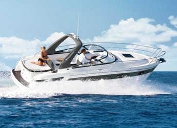 Rent a motorboat in Veruda - Bavaria S29 OPEN