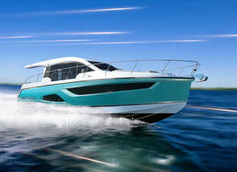 Rent a motorboat in Veruda - Sealine C390