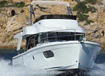 Rent a motorboat in Veruda - Swift Trawler 35