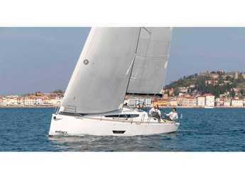 Chartern Sie segelboot in Punat - Elan E5