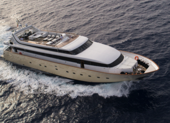 Rent a yacht in Marina Real Juan Carlos I - Mondomarine 120