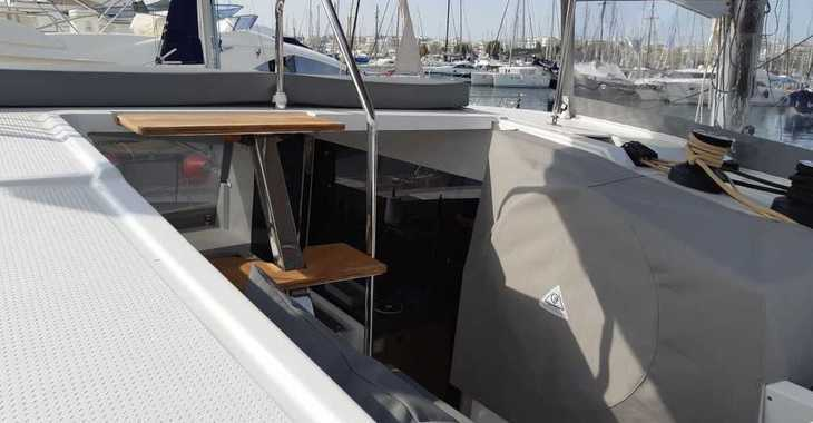 Rent a catamaran in Mykonos - Lucia 40
