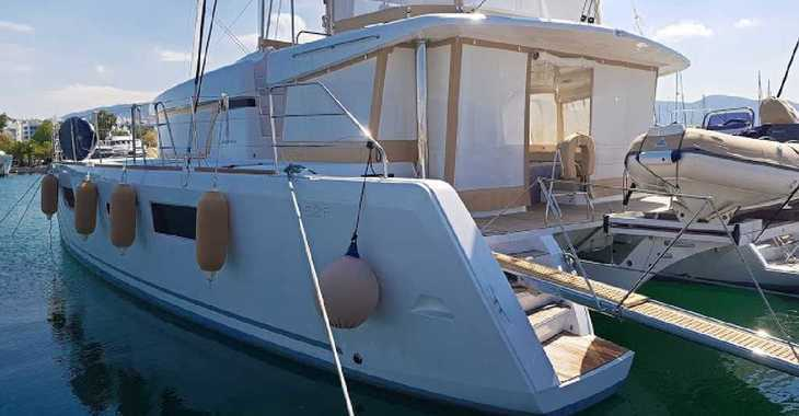 Rent a catamaran in Mykonos - Lagoon 52