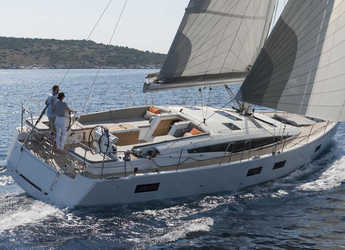 Rent a sailboat in Marina Gouvia - Jeanneau 54