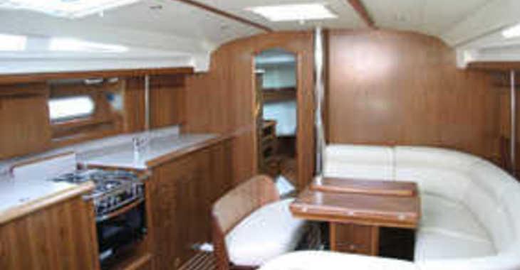 Alquilar velero Sun Odyssey 45 en Marina Gouvia, Corfú