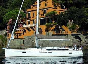 Rent a sailboat in Port Lavrion - Sun Odyssey 519 (5Cab)