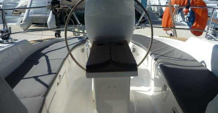 Rent a sailboat in Marina Mandalina - Bavaria 30 Cruiser
