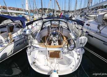 Rent a sailboat in Veruda - Bavaria 30 Cruiser