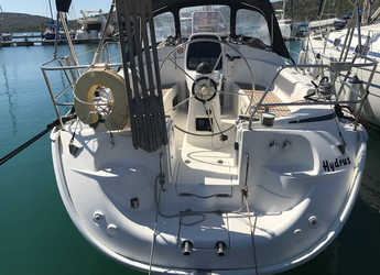 Rent a sailboat in Marine Pirovac - Bavaria 33 Cruiser