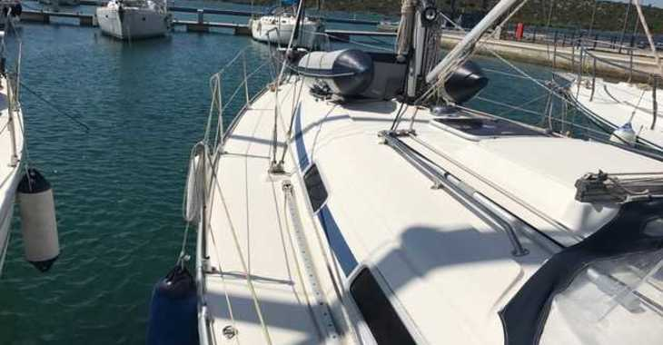 Rent a sailboat in Marine Pirovac - Bavaria 36 Cruiser