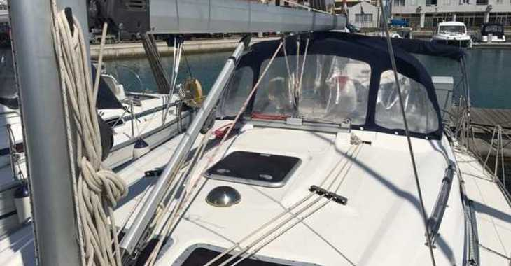 Rent a sailboat in Marine Pirovac - Bavaria 37 Cruiser